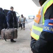 Sammelabschiebungen nach Afghanistan sollen heute beginnen (Foto)