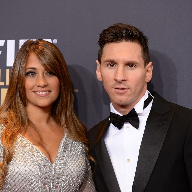 Jetzt heiratet der Fußballer seine atemberaubende Freundin (Foto)