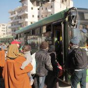 Evakuierung aktuell: 9.500 Zivilisten aus Aleppo abtransportiert (Foto)
