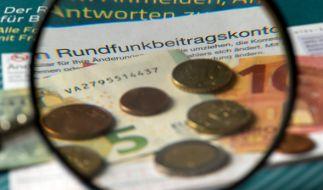 Die GEZ-Gebühren sollen laut einem Vorschlag der ARD weiter steigen. (Foto)