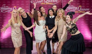 Von links nach rechts: Sonya Kraus, Babs, Patrizia, Lisa, Collien Ulmen-Fernandes, Alessandra Meyer-Wölden, Panagiota Petridou, Anja. (Foto)