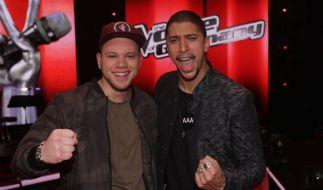 "Tay Schmedtmann und Mentor Andreas Bourani (rechts) holten sich den Sieg bei ""The Voice of Germany"". (Foto)"