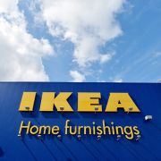 Ikea muss Entschädigung für Killer-Kommode zahlen (Foto)
