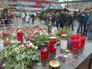 Berlin trauert um die Opfer des Anschlags auf den Weihnachtsmarkt vor der Berliner Gedächtniskirche. (Foto)