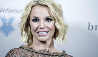 Nachdem Hacker das Gerücht verbreiteten, wonach Britney Spears tot sei, meldet sich die Sängerin jetzt selbst zu Wort. (Foto)