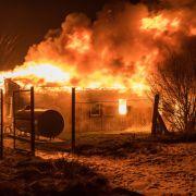 Obdachlosenheim in Flammen - 2 Bewohner tot - Tatverdächtiger gesteht (Foto)