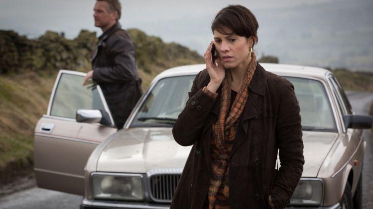 Die Journalistin Rosanna Hamilton (Jasmin Gerat) sucht ihre verschwundene Freundin. (Foto)