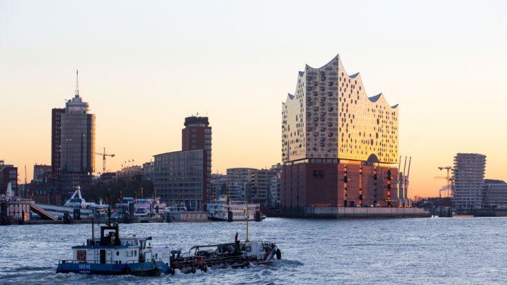 Die Elbphilharmonie gehört bereits fest zum Panorama der Hansestadt Hamburg. (Foto)