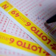 Die Lotto-Quoten und Gewinnzahlen der Samstagsziehung HIER (Foto)