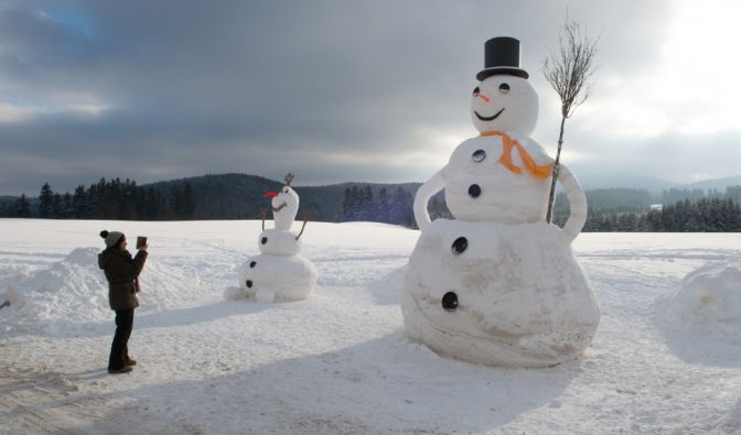 Genug Material für einen Schneemann gab es allemal. Der größte steht in Eibenstock Sachsen und misst stolze 6,50 Meter.