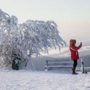 Wie hier auf dem Großen Feldberg im Taunus (Hessen). Na, wenn das mal kein frostiger Anlass für ein Selfie ist!