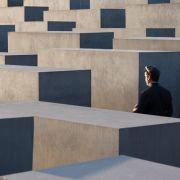 Deutschland diskutiert nach einer Rede von AfD-Mann Björn Höcke über das Holocaust-Mahnmal in Berlin und die Erinnerungskultur.