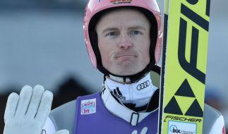 Skisprung-Weltmeister Severin Freund pausiert weiter und wird voraussichtlich erst in der kommenden Woche in Willingen in den Weltcup zurückkehren. (Foto)