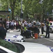 Vier Tote! Mann rast in Menschenmenge (Foto)
