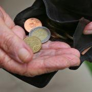Rentenversicherung warnt: Mehr Rente hilft NICHT gegen Altersarmut (Foto)
