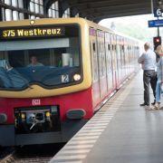 Ticket-Kontrolleure sollen Ausländer abgezockt haben (Foto)