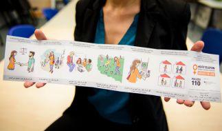 Der Flyer für geflüchtete Frauen wurde auch von Flüchtlingen mitgestaltet. (Foto)