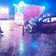 Glatteis-Grauen lässt Autofahrer richtig schlittern (Foto)