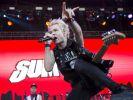 """SUM 41 hat - wie viele Punkrockbands - eine bewegte Geschichte hinter sich. Die Kanadier schafften 2001 mit ihrem Hit """"Fat Lip"""" ihren internationalen Durchbruch. (Foto)"""