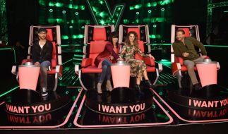 """Die Jury von """"The Voice Kids"""" besteht dieses Mal aus Sängerin Nena, ihrer Tochter Larissa, und den Coaches Sasha und Mark Forster. Doch wer könnten prominente Kandidaten sein? (Foto)"""