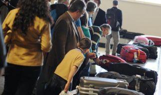 Am Gepäckband wartet manchmal eine böse Überraschung: ein beschädigter Koffer. Die Airline muss für den Schaden aufkommen. (Foto)