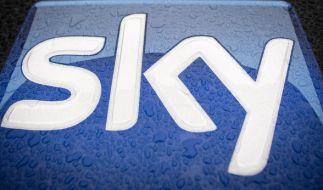 Beim Abosender Sky steht die Übertragung von 40 Spielen der Fußball-Bundesliga ab der kommenden Saison sowie das aktuelle Eurosport-Programm auf der Kippe. (Foto)
