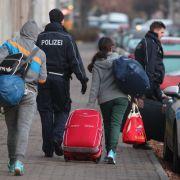 Regierung will Asylbewerbern mehr Geld für Rückkehr geben (Foto)