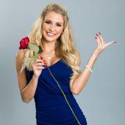 Sexy Stewardess! Miss Nürnberg hebt mit diesen heißen Fotos ab (Foto)