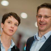 Droht dem AfD-Paar Petry und Pretzell jetzt die Scheidung? (Foto)