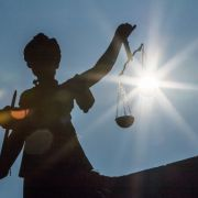 Mutter erwürgt neugeborene Tochter mit Slip - DAS ist das Urteil (Foto)