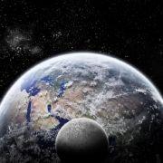 Astrophysiker warnt: Mond kracht auf Erde (Foto)