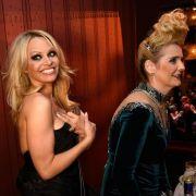 Die Assipalme is back - Helena Fürst im Schlepptau mit Pamela Anderson