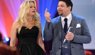 """Tim Mälzer bezeichnete beim Deutschen Fernsehpreis Barbara Schöneberger als """"Tittending"""". (Foto)"""