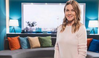 """Alina Merkau ist nach ihrer Babypause zurück beim """"Sat.1 Frühstücksfernsehen"""". (Foto)"""