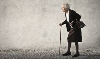 In Bremen steht eine 80-Jährige vor Gericht. (Foto)