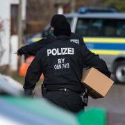 Unerlaubter Waffenbesitz! Reichsbürger-Razzia in Cottbus (Foto)