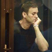 Russischer Oppositioneller Nawalny schuldig gesprochen (Foto)
