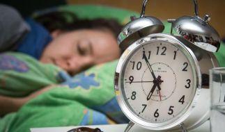 Ein Nickerchen am Abend tut gut. Darunter leidet auch nicht der Nachtschlaf. (Foto)