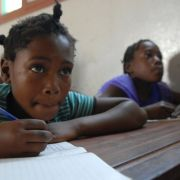 HIV-infizierter Lehrer missbraucht 17 Schülerinnen (Foto)
