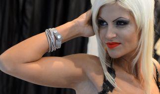 Mut zum Silikon! Sophia Wollersheim zeigt mal wieder ihre Brüste. (Foto)