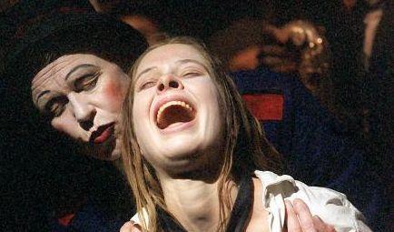 """Meike Droste ist den meisten aus """"Mord mit Aussicht"""" bekannt. Doch die Schauspielerin arbeitet auch am Theater. (Foto)"""
