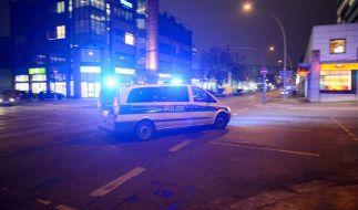 Aus einem vorbeifahrenden Auto heraus zielten Unbekannte auf einen Club in Berliner. (Foto)