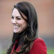 Ohne Prinz William! Herzogin Kate verbringt Valentinstag mit Jung-Piloten (Foto)