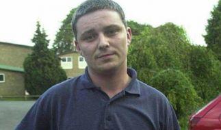 Ian Huntley, der für den Mord an zwei kleinen Mädchen zu einer zweimal lebenslänglichen Haftstrafe verurteilt wurde, fordert angeblich eine Geschlechtsumwandlung, um in ein bequemeres Frauengefängnis umziehen zu können. (Foto)