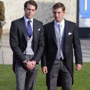 Das luxemburgische Großherzogtum hat noch Singles zu bieten: Prinz Felix von Luxemburg (links) ist zwar seit 2013 mit Prinzessin Claire verheiratet, doch sein Bruder Prinz Sébastien von Luxemburg (rechts) wandelt noch auf Freiersfüßen.