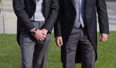 Das luxemburgische Großherzogtum hat noch Singles zu bieten: Prinz Felix von Luxemburg (links) ist zwar seit 2013 mit Prinzessin Claire verheiratet, doch sein Bruder Prinz Sébastien von Luxemburg (rechts) wandelt noch auf Freiersfüßen. (Foto)