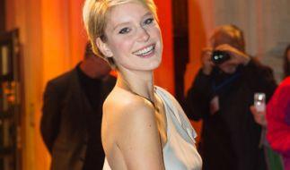 """""""Germany's Next Topmodel""""-Gewinnerin Kim Hnizdo liefert sich mit ihrem Ex-Freund Alexander """"Honey"""" Keen auch nach der Trennung eine fiese Schlammschlacht. (Foto)"""