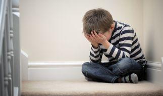 Ein Zwölfjähriger wurde von seinem Stiefvater schwer misshandelt (Symbolbild). (Foto)