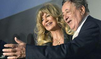 Richard Lugner (84) kann auf einen Tanz mit Goldie Hawn (71) hoffen. (Foto)