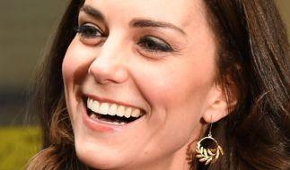Herzogin Kate im Glück: Ihrem jüngsten Familienmitglied namens Marvin geht es entgegen anderslautenden Gerüchten blendend. (Foto)